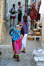 Traditionele klederdracht Olympos Karpathos   De Griekse Gids foto 020